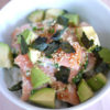 アンチエイジング食レシピ!サーモンとアボカドのピリ辛わさびマヨ丼